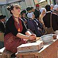 Les céramiques de noémie sont de sorties au marché provençal de saint chamas