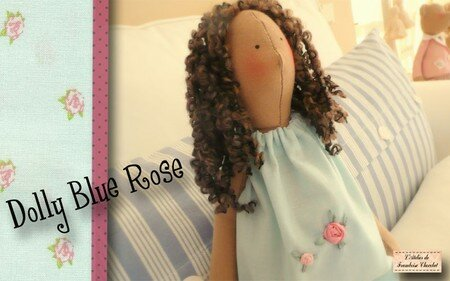 Dolly_Blue_Rose1