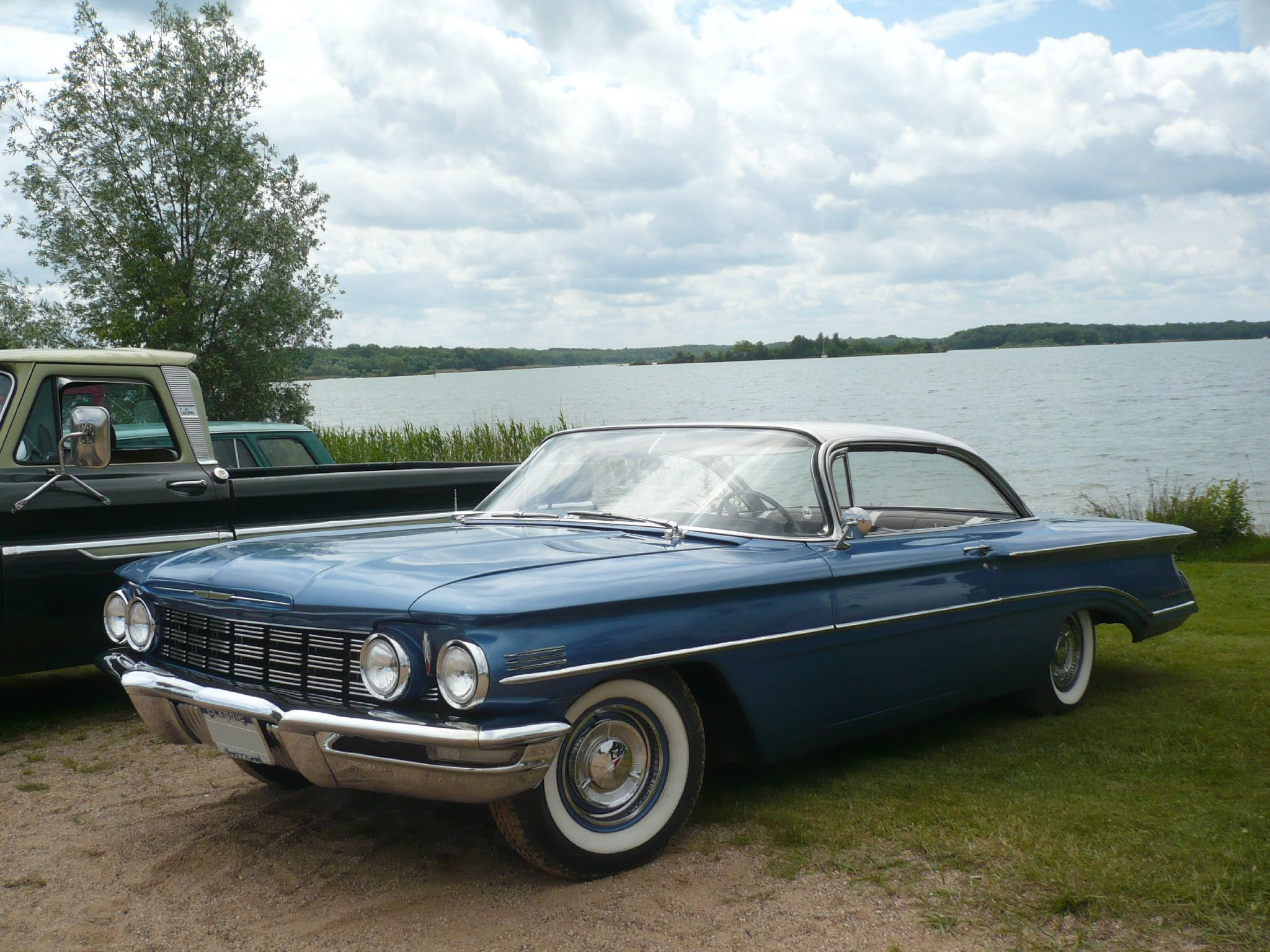 OLDSMOBILE Super 88 2door hardtop 1960 Madine (1)