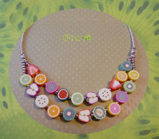 Collier double rangs fruits fimo (N)