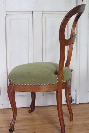 r_parer_une_chaise___Brest