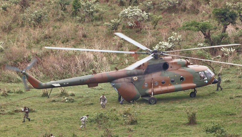 Soldiers_with_2nd_Battalion_503rd_Infantry_Regiment_173rd_Infantry_Brigade_Combat_Team_move_the_casualty_to_the_helicopter_in_simulation_with_Cameroon_Army_during_Central_Accord_2014