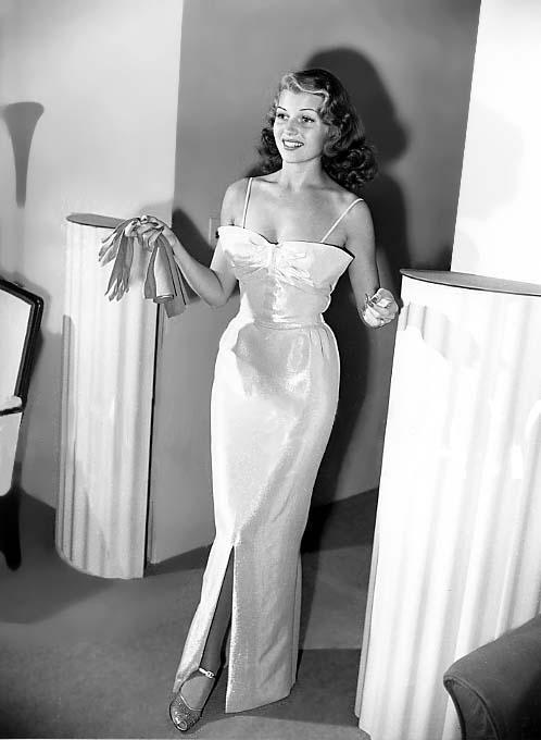 1941_Oct___dress_Howard_Greer___1