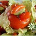 Drôle de tomate ! mr tomate, rouge de colère, ne