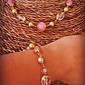 bracelet rose et doré ( collier assorti) (br46)
