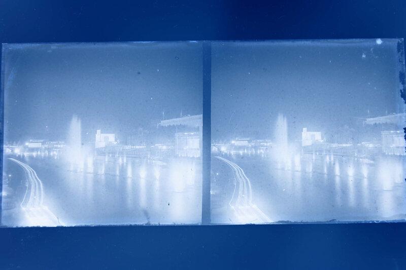 Exposition Lumière bleu onirique