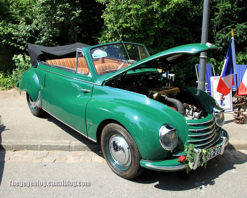 Dkw F91 karmann cabriolet de 1954 (1550ex)(37ème Internationales Oldtimer Meeting de Baden-Baden) 01