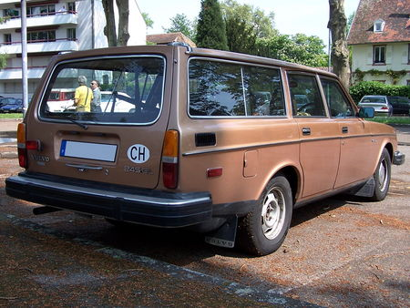 VOLVO 245 GL Break Retrorencard 2
