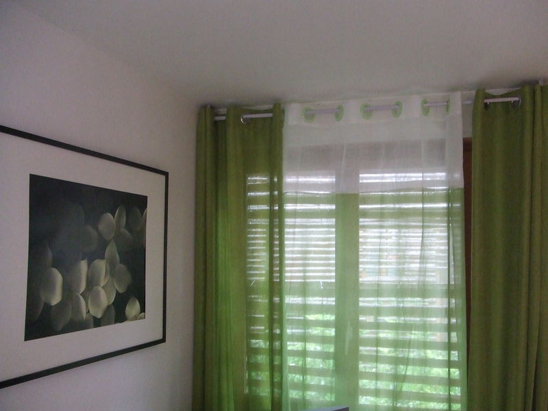rideaux du salon cassandre julien. Black Bedroom Furniture Sets. Home Design Ideas