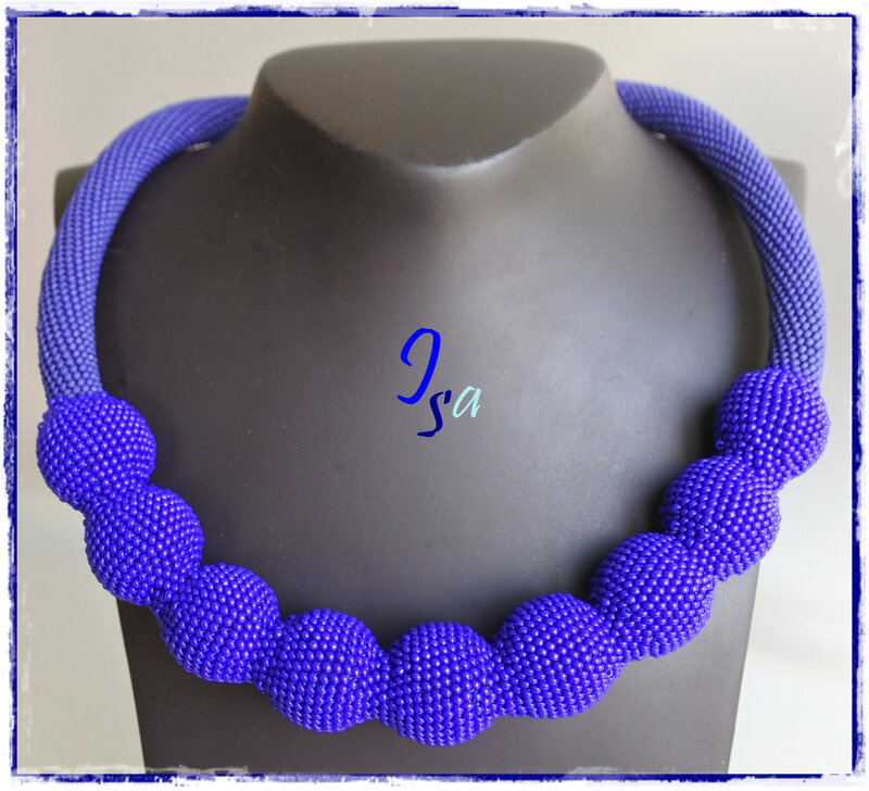 Collier MS 'Ecume 9' bleu