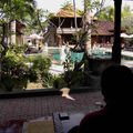 PADANG BAI: Hôtel PURI RAI, vue de la chambre