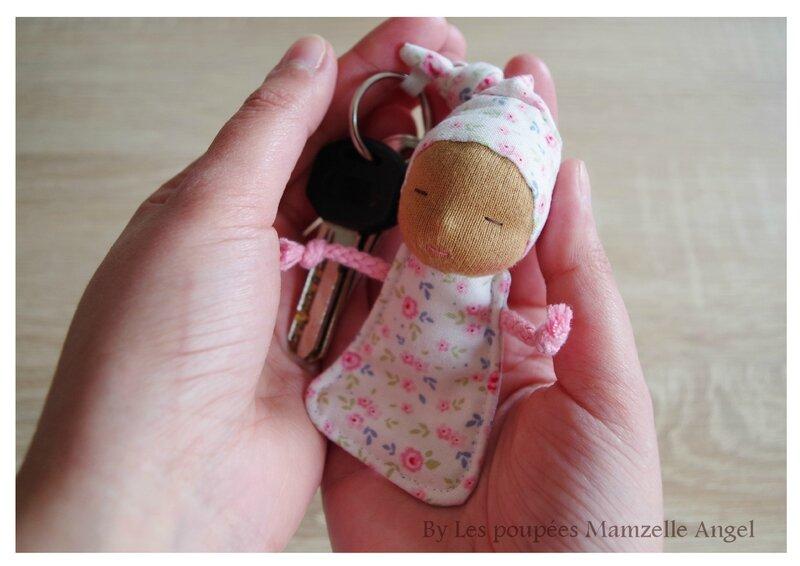 porte clé poupée 5