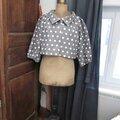 Veste BLANCHE en lin gris à pois blancs fermée par un bouton de nacre naturelle (2)