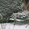 Banc du jardin sous la neige (Février 2010)