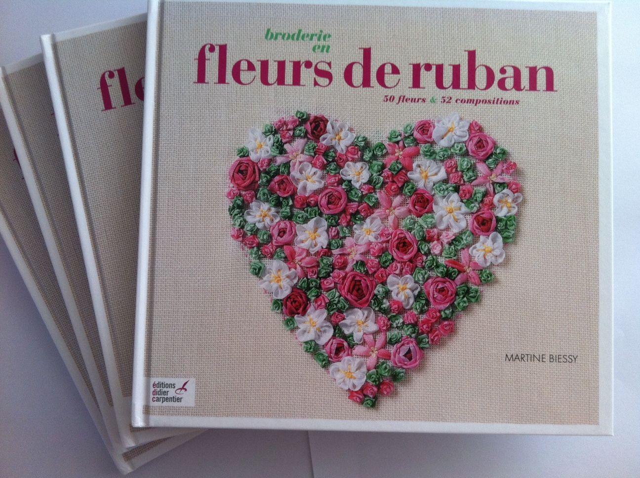 Fleurs de ruban - Editions Didier Carpentier