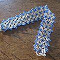 Maze lace bleu et argent