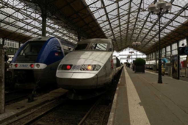 Tours : 1200 livres déposés dans 4 trains