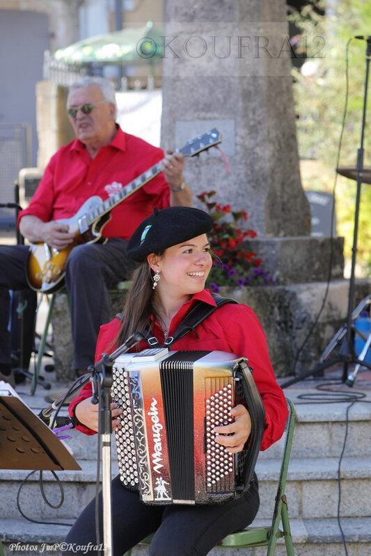 Photos JMP©Koufra 12 - Le Caylar - Los Musicaires del Castèl - 14072019 - 0008