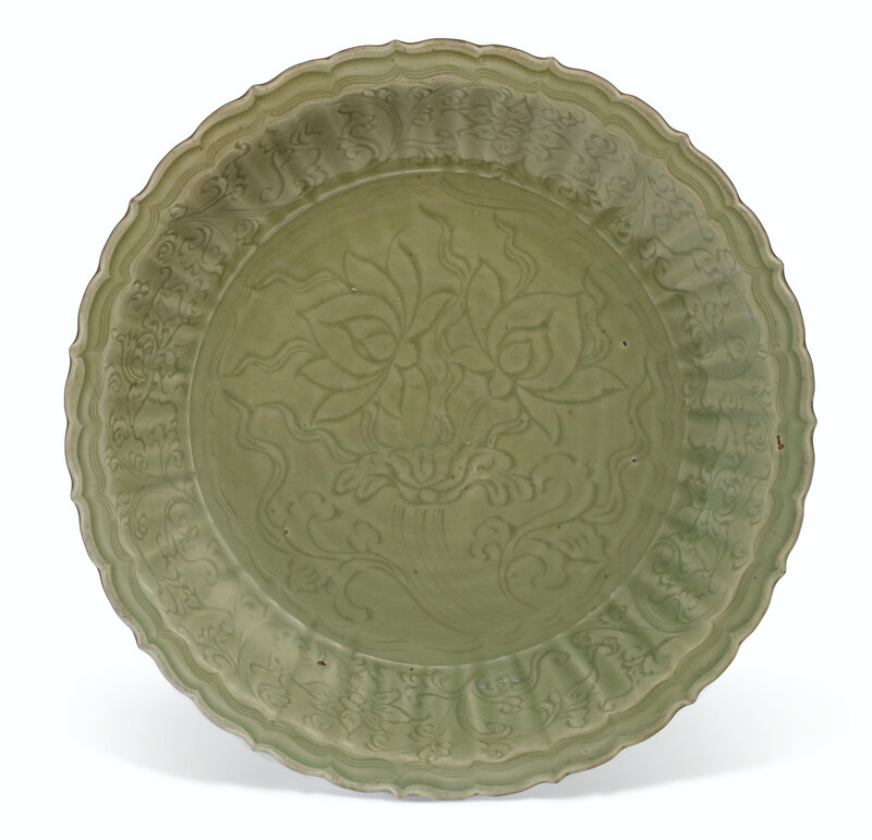 2019_NYR_16950_1077_000(a_large_carved_longquan_celadon_dish_ming_dynasty_15th_century)
