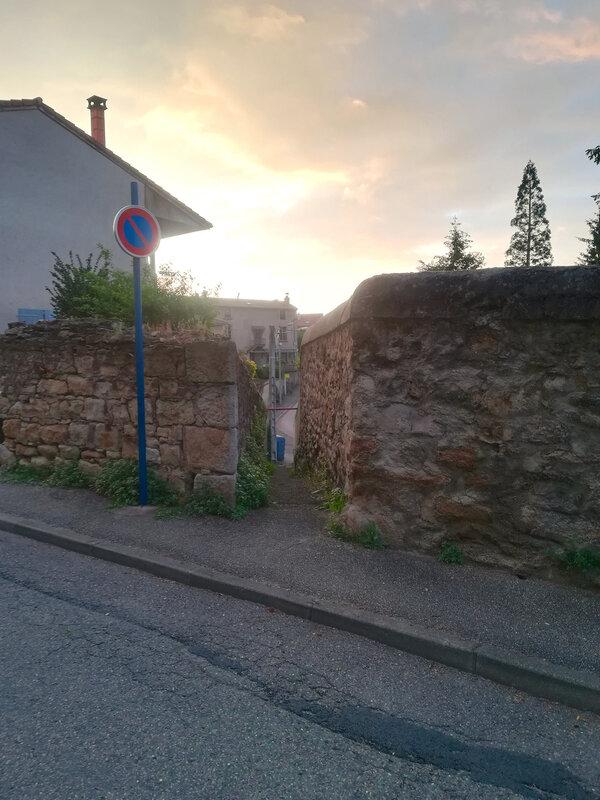 venelle dans la rue des Capucins (2)