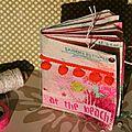 Un mini album aux couleurs acidulées