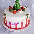 Gâteau de noël en pâte à sucre