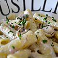 Pâtes, sauce crémeuse aux champignons