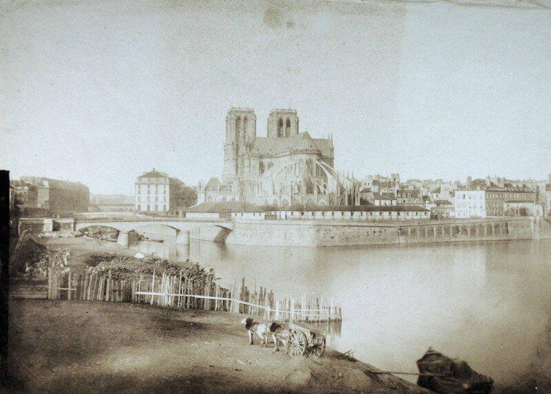 Notre-Dame-Paris-1850
