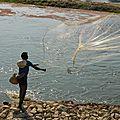 pêcheur de riviére au filet