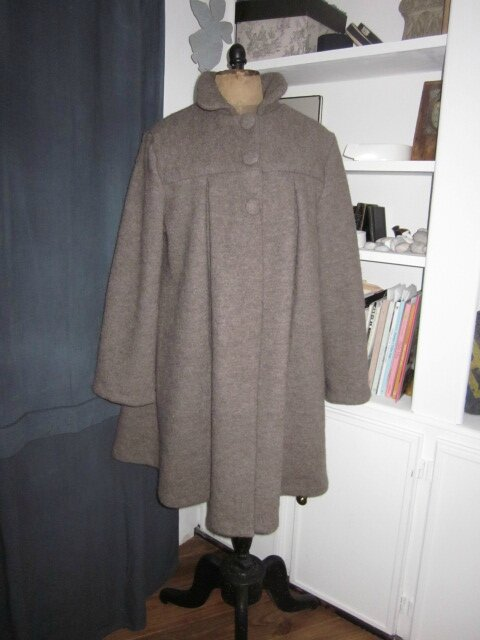Manteau AGLAE en laine bouillie beige chiné - taille 52 - sans noeud (2)