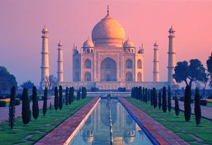 India - Taj Mahal sunrise Hz