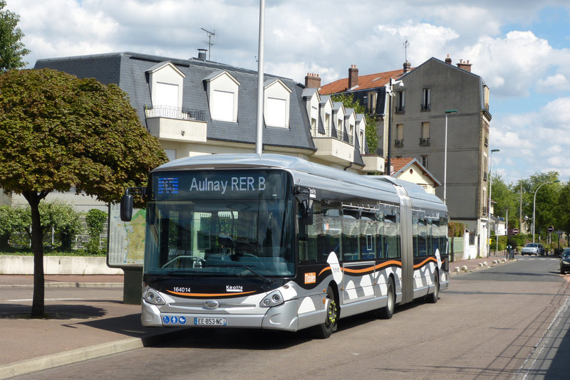 140817_15aulnay-gare3