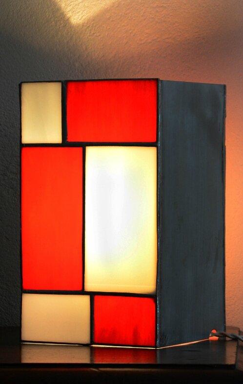 lampe V