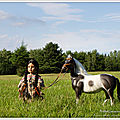 Journée nationale des autochtones : elle danse avec les chevaux - canadian national day of native : dances with horses