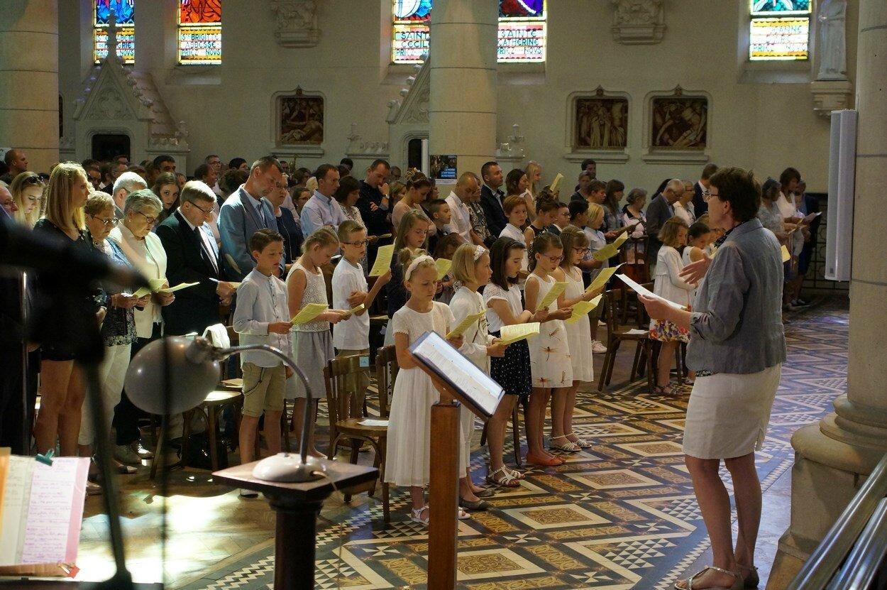 2017-05-28-entrées eucharistie-VIEUX-BERQUIN (49)