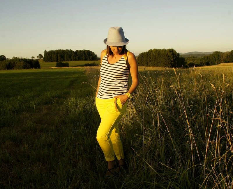 port trousers jaune 015JPG