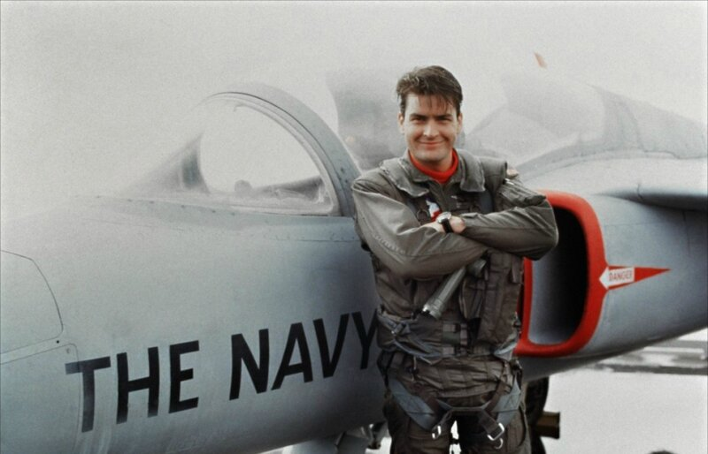 Charlie Sheen en Mode Top Gun