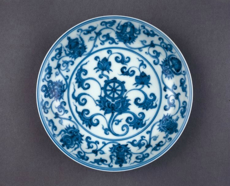 Dish with Buddhist emblems, Ming dynasty, Chenghua mark and period, AD1465–87