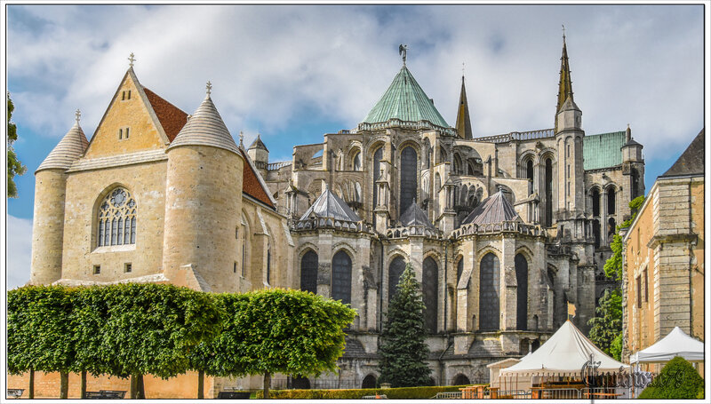 Chartres – Templiers chevaliers du sangreal, gardiens de l'Arche d'alliance (2)