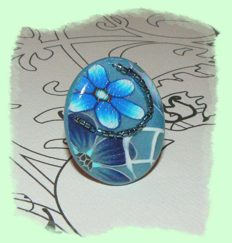 Bague fleurs bleues