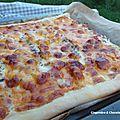 Pizza au jambon de dinde et cheddar