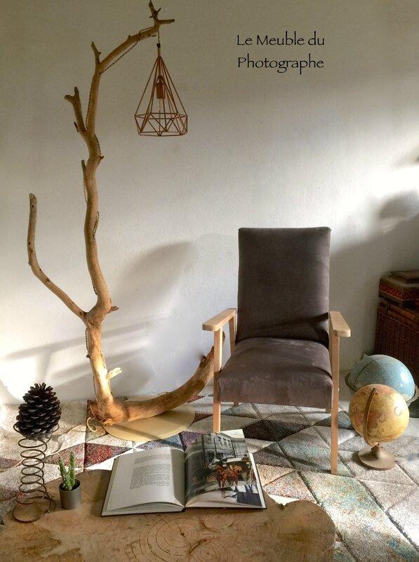 lampadaire branche d'arbre
