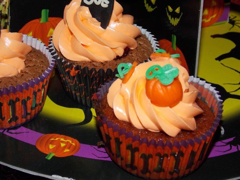 2014 10 25 - cupcakes halloween (28)