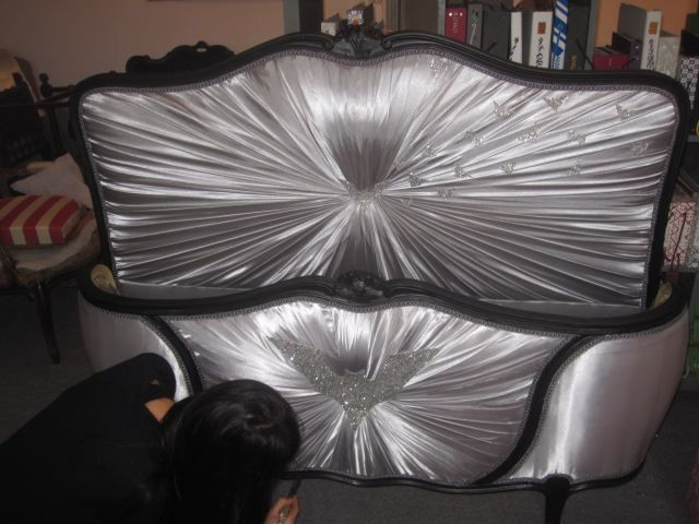 daisy et viloletta tapissier decorateur nantes page 2 daisy et viloletta tapissier. Black Bedroom Furniture Sets. Home Design Ideas