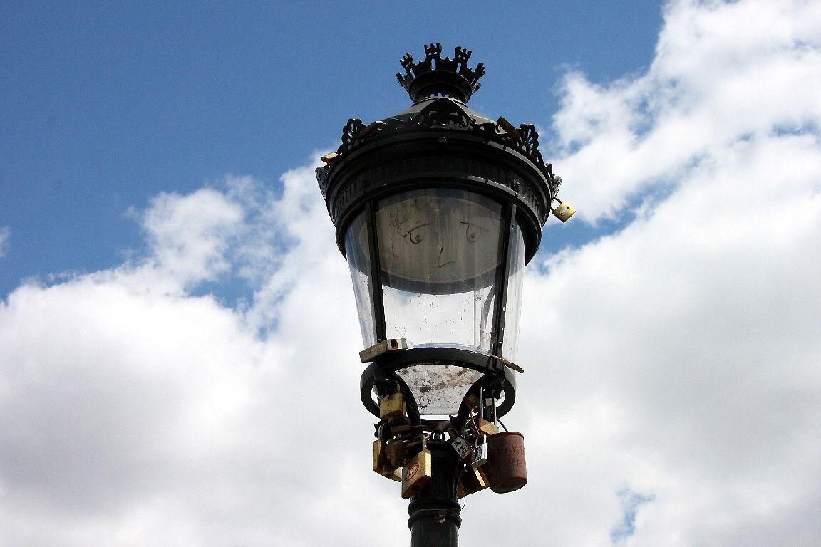 Cadenas lampadaire Pont des arts_1044
