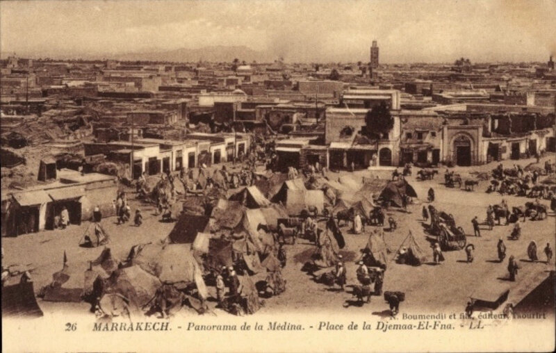 Boumendil-mrk-Djemaa-el-Fna-Taourirt-26