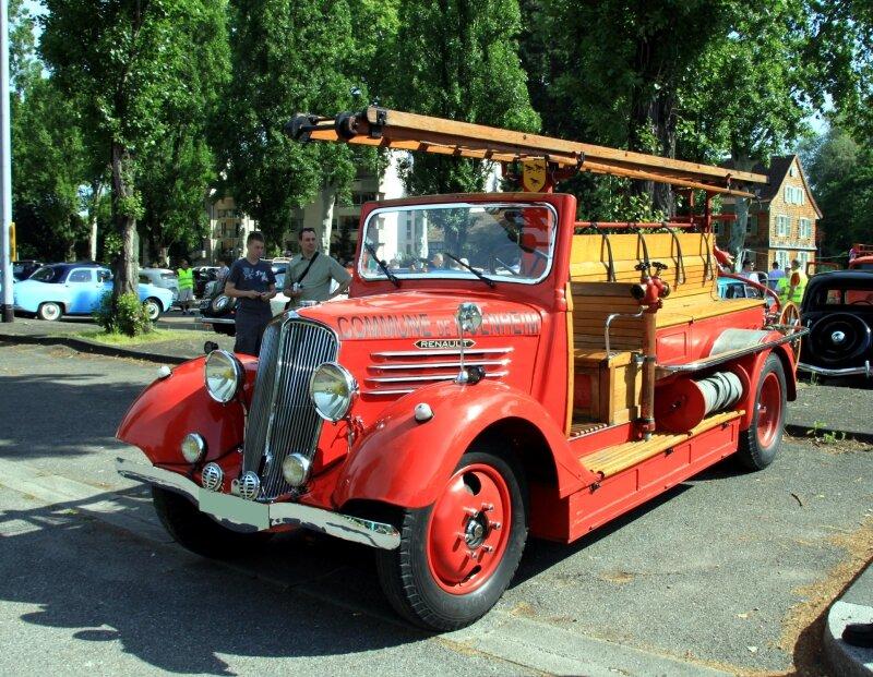 Renault AC-Z Série 1 auto pompe de 1936 (Retrorencard juin 2010) 03