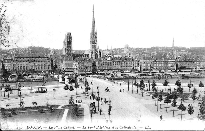 Rouen_Place_Carnot_old