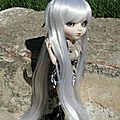 Nouvellle wig pour lucy