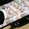 La mysterieuse valise puissante laxmi est a nouveau disponible